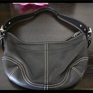Classic Leather Coach Shoulder Bag